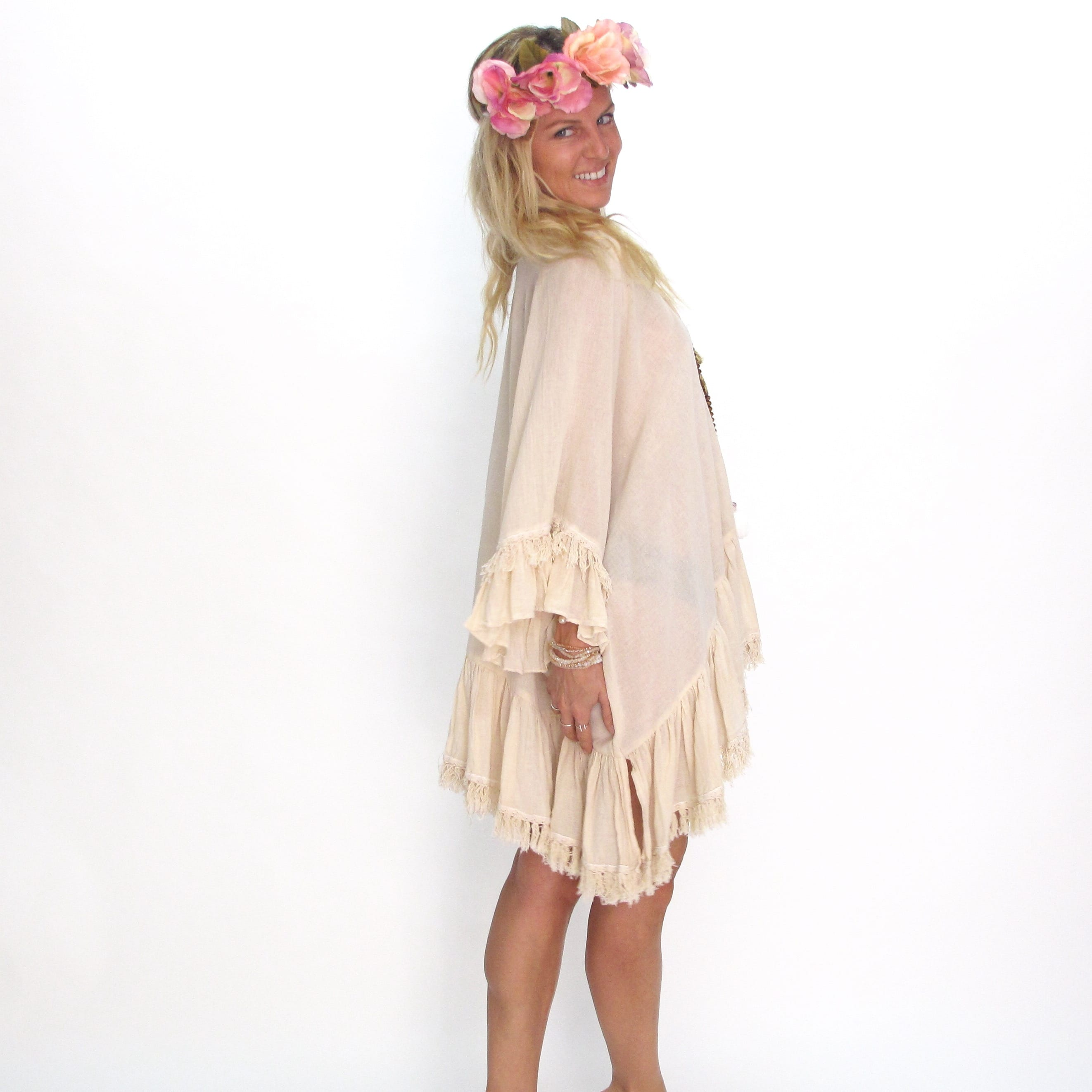 Poncho Beachy les neobourgeoises resortwear dress boheme robe boheme tunique boheme fashion brand beachwear vetement boheme clothe beachwear clothe resortwear boutique accessoirs boheme
